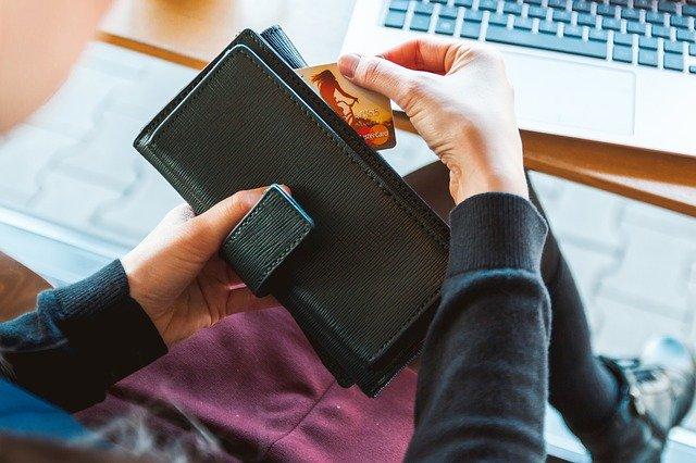 איך לסלוק אשראי באתרים?