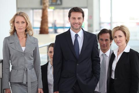 למה כדאי לקחת עורך דין לליווי יזמים?