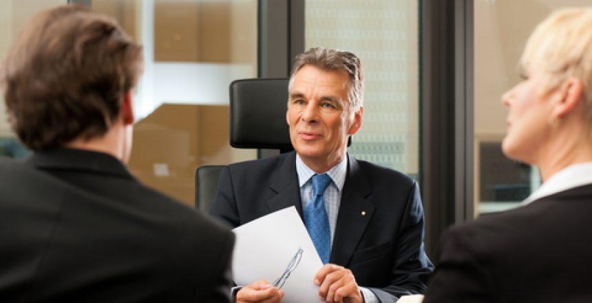 כל היתרונות של עורך דין לתביעות כספיות